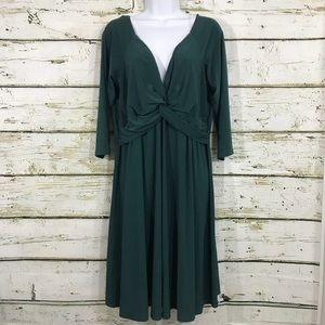 LOVE SQUARED cocktail dress green size 1X